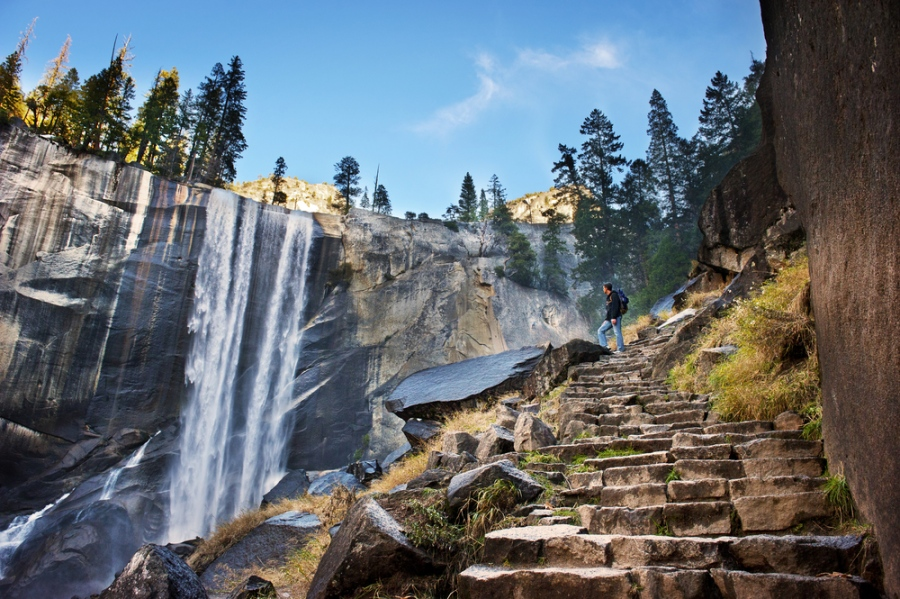 The View Downwards: 6 Exceptional Hiking Trails In The U.S.