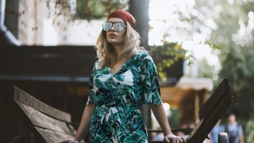 10 Outfits That Will Make You Cool Off This Summer