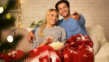 How to Prepare your House for a Romantic Evening in with your Lover