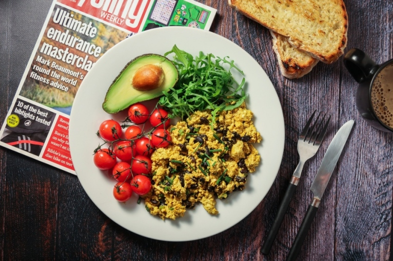 How Much And When Vegan Athletes Should Eat